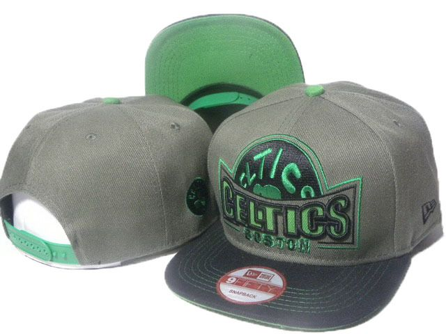 e2a31bddd48 Mens Boston Celtics New Era NBA HWC Hardwood Classics Grader 9FIFTY  Snapback Cap - Graphite Black Green