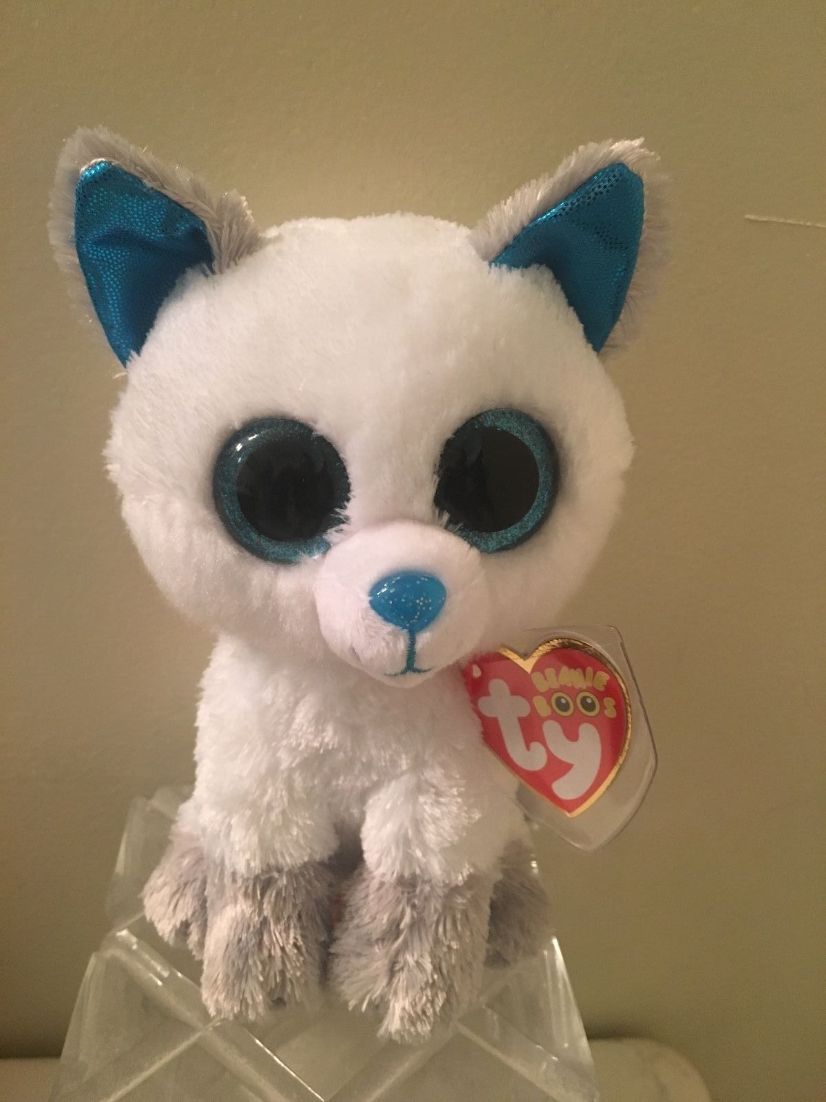 Current 438  Ty Beanie Boo Frost The Arctic Fox 6 New Exclusive Mwmt -  BUY  IT NOW ONLY   13.99 on eBay! 8159af700c58