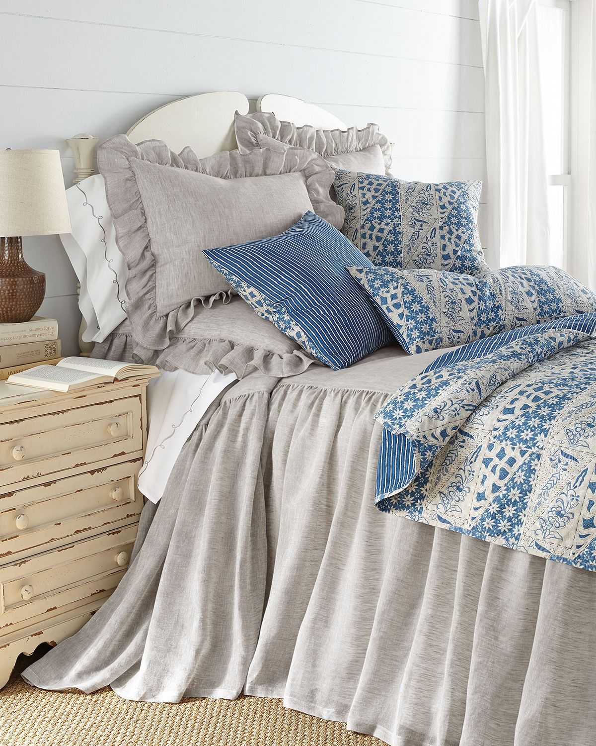 Queen Savannah Skirted Coverlet 60 Quot X 80 Quot With 30 Quot Drop