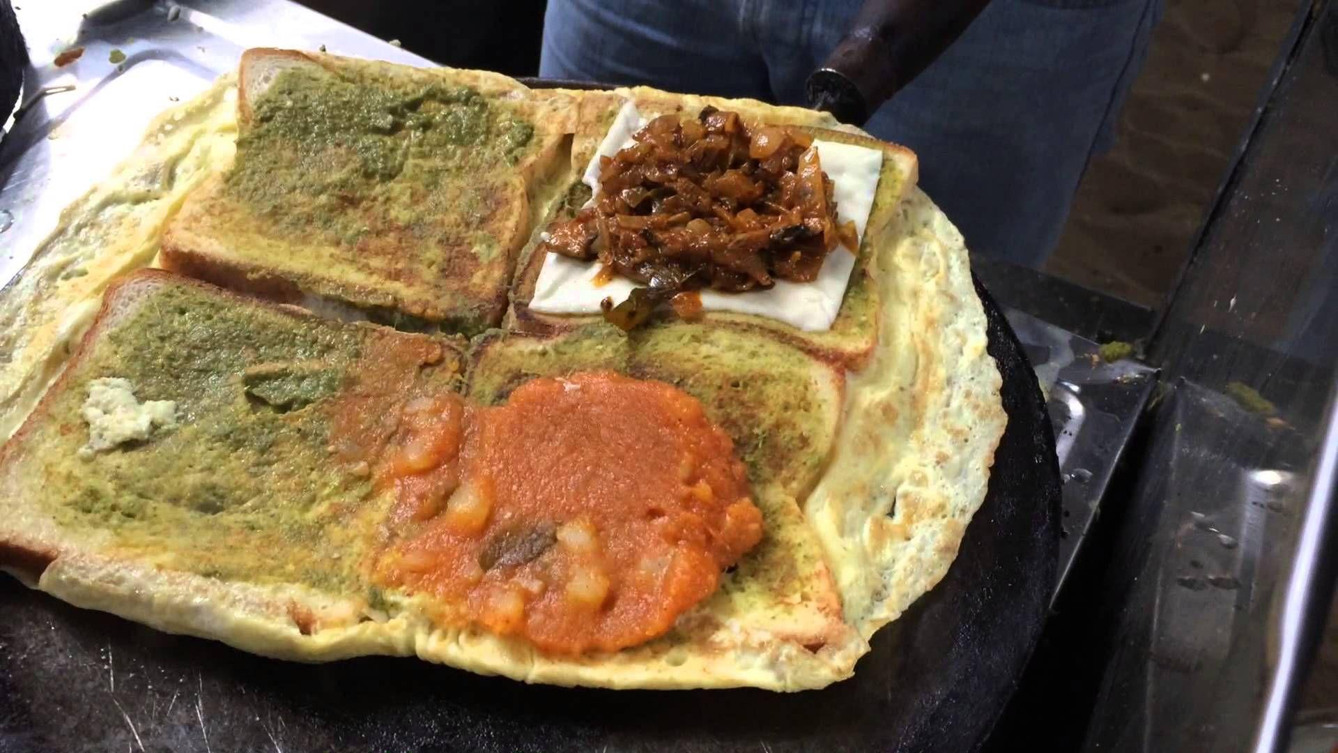 Chennai street food - King of Bread omelette - Indian Street Food