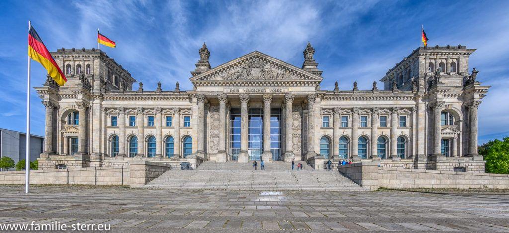 Reichstag In Berlin Berlin Reichstagsgebaude Landschaftsbilder