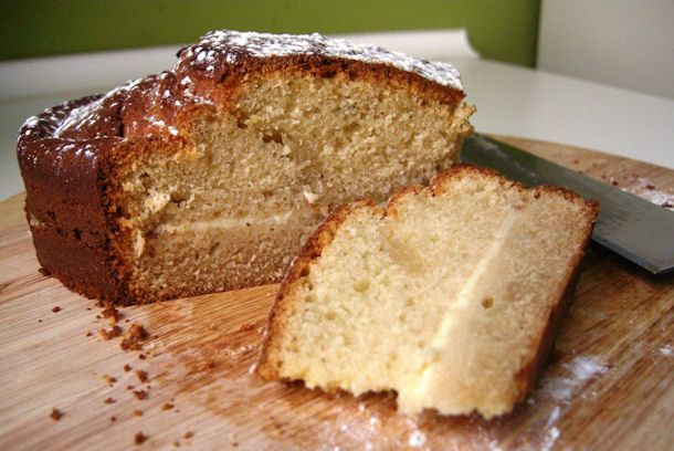 Spongecake+with+Cream+Filling+is+a+tasty,+moist+and+wonderful+cake+found+in+bakeries+throughout+Spain.+The+flavor+is+relaxing+and+slightly+lemony,+with+a+hint+of+rum.