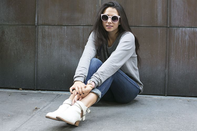 Amy Nicole Marietta by Kimberley Denise-http://vivierebella.com/incognito-smooches/ #lucky brand #jeans #covergirl #make up #amy Marietta #street style #nyc #new York #fashion #fashion blogger #shoes #sunglasses