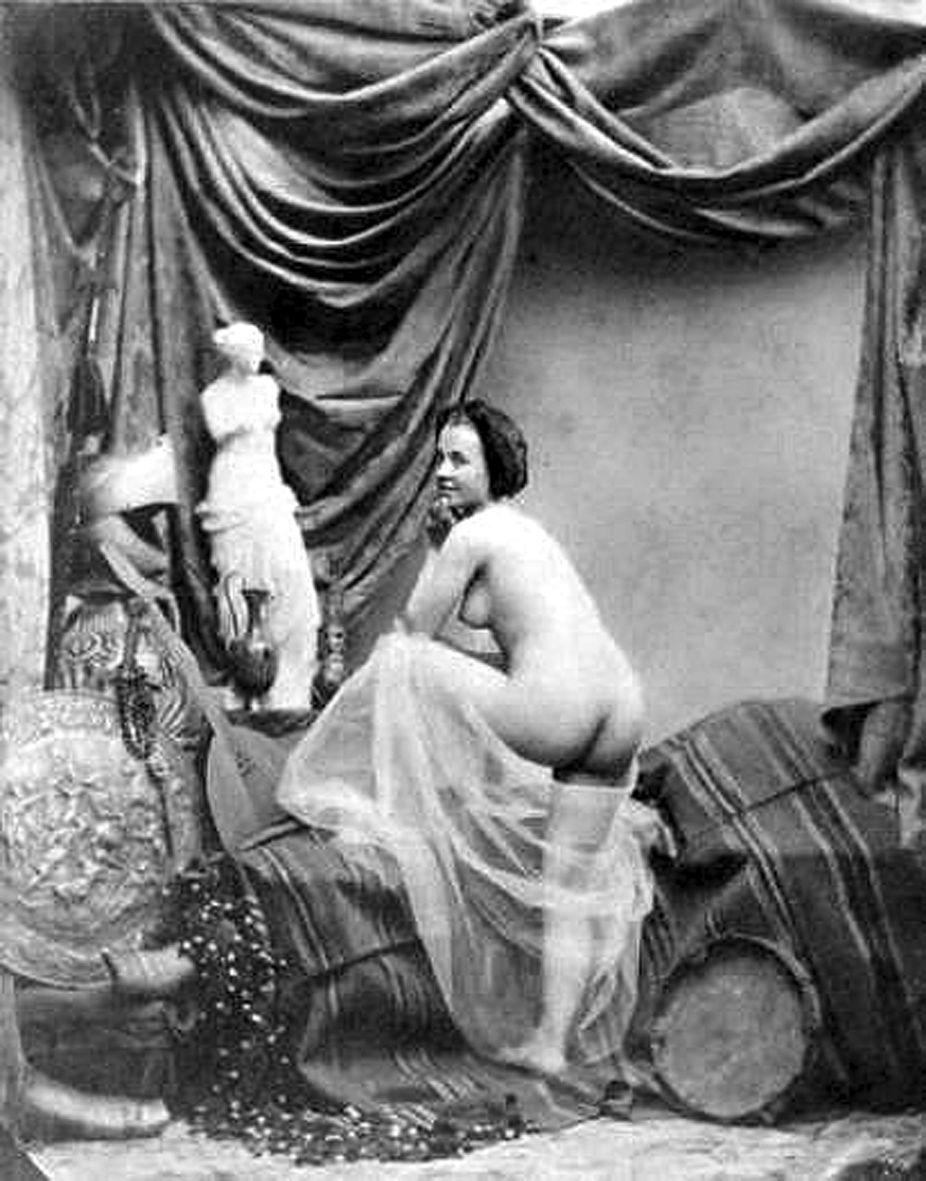 Bruno braquehais etude de nu nude study with the venus de milo bruno braquehais etude de nu nude study with the venus de milo kristyandbryce Images