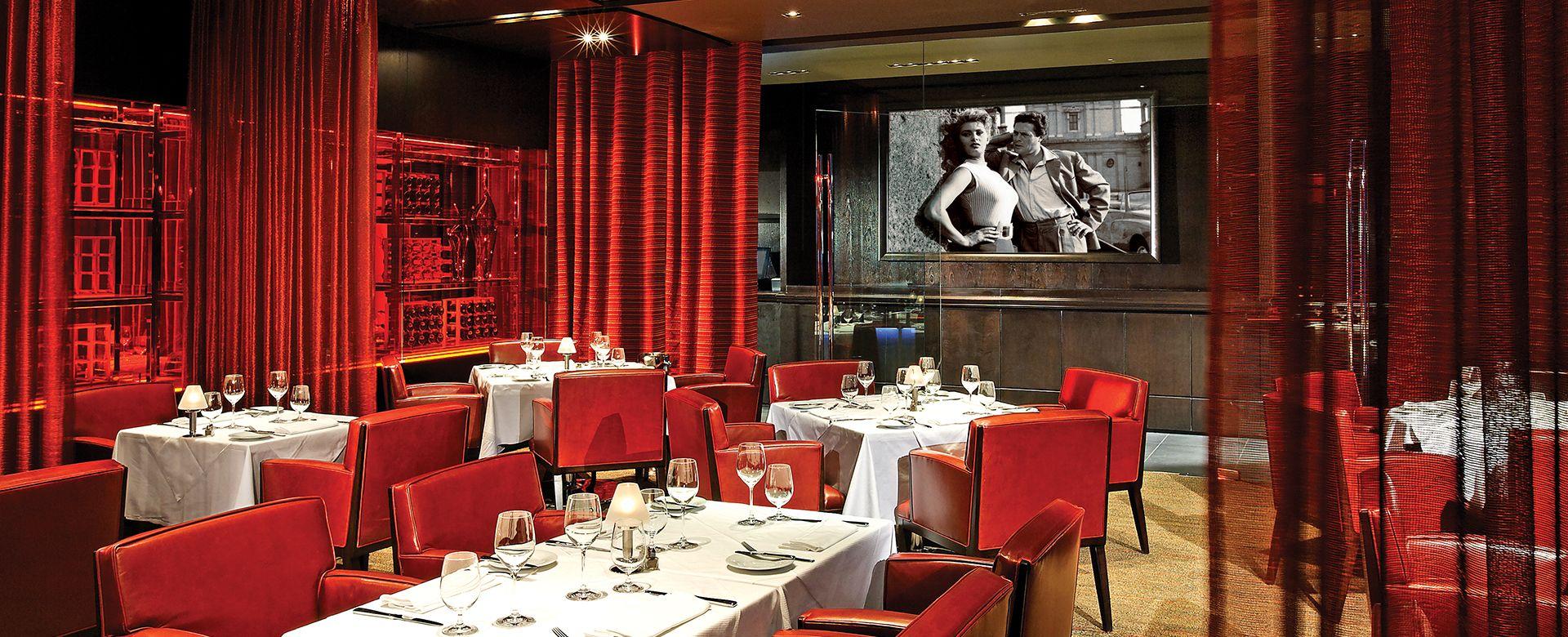 Ponte Vecchio Fallsview Casino Resort Hospitality In 2020 Private Dining Room Bar Design Restaurant Private Dining