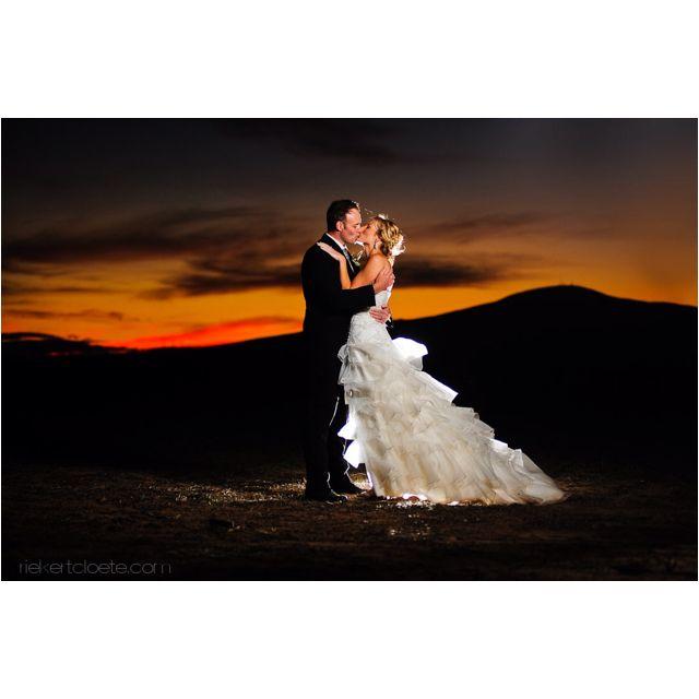 26 Night Wedding Photography Ideas Night Wedding Photography Wedding Photography Wedding