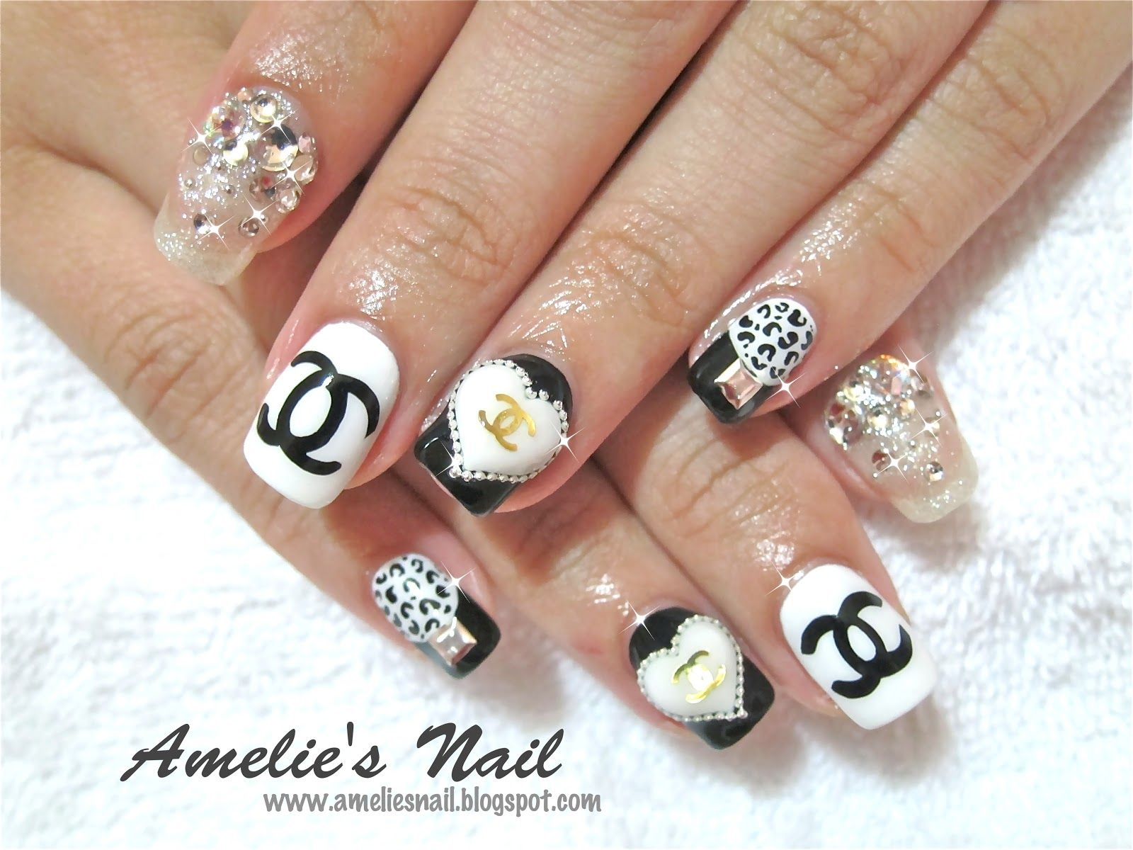 Chanel monochrome manicure nail art and easy manicure tutorials chanel nails picture from amelies nail prinsesfo Images