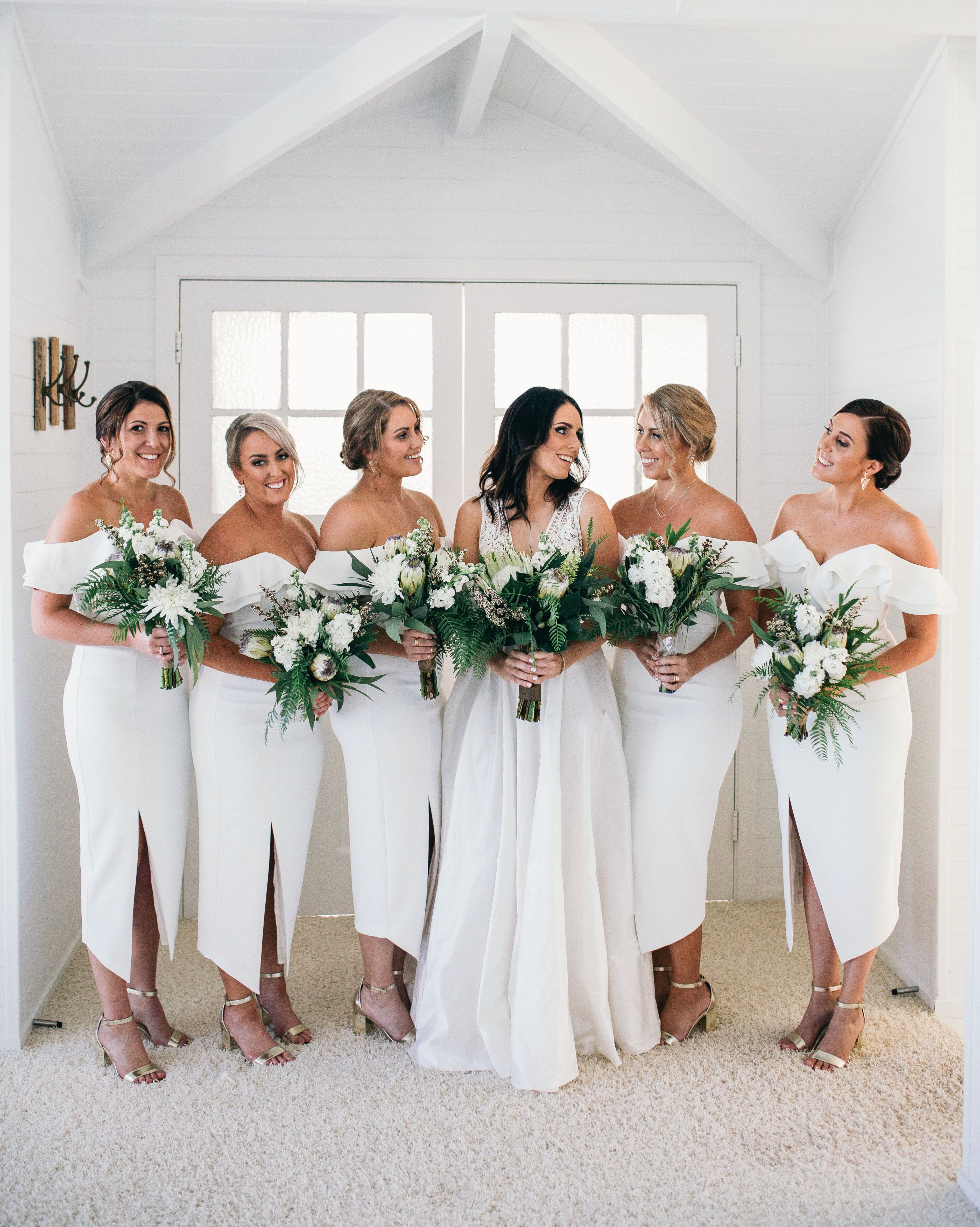 38 Looks That Prove Bridesmaids Dresses Can Be Chic Cheap Bridesmaid Dresses Bridesmaid Dresses Bridesmaid [ 4732 x 3781 Pixel ]