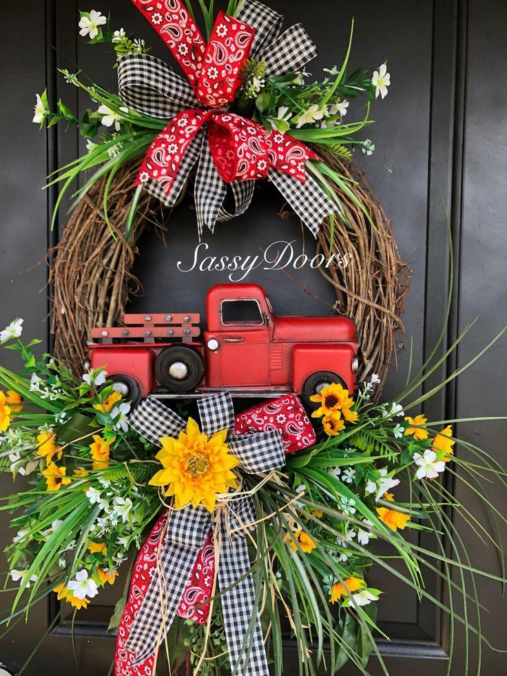 Photo of Bauernhaus RedTruck Kranz    – Grapevine Wreath Ideas –   #Bauernhaus #Grapevine…