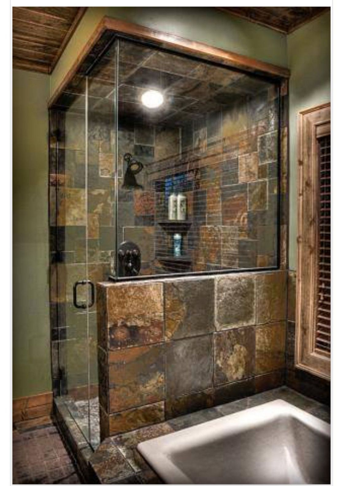 50+ Dramatic Rustic Bathroom Design IDeas #rusticbathroomdesigns