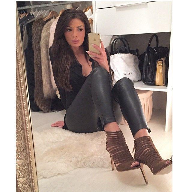 @mua_dasena1876 Movie night 🎥 &qu...Instagram photo | Zara ...