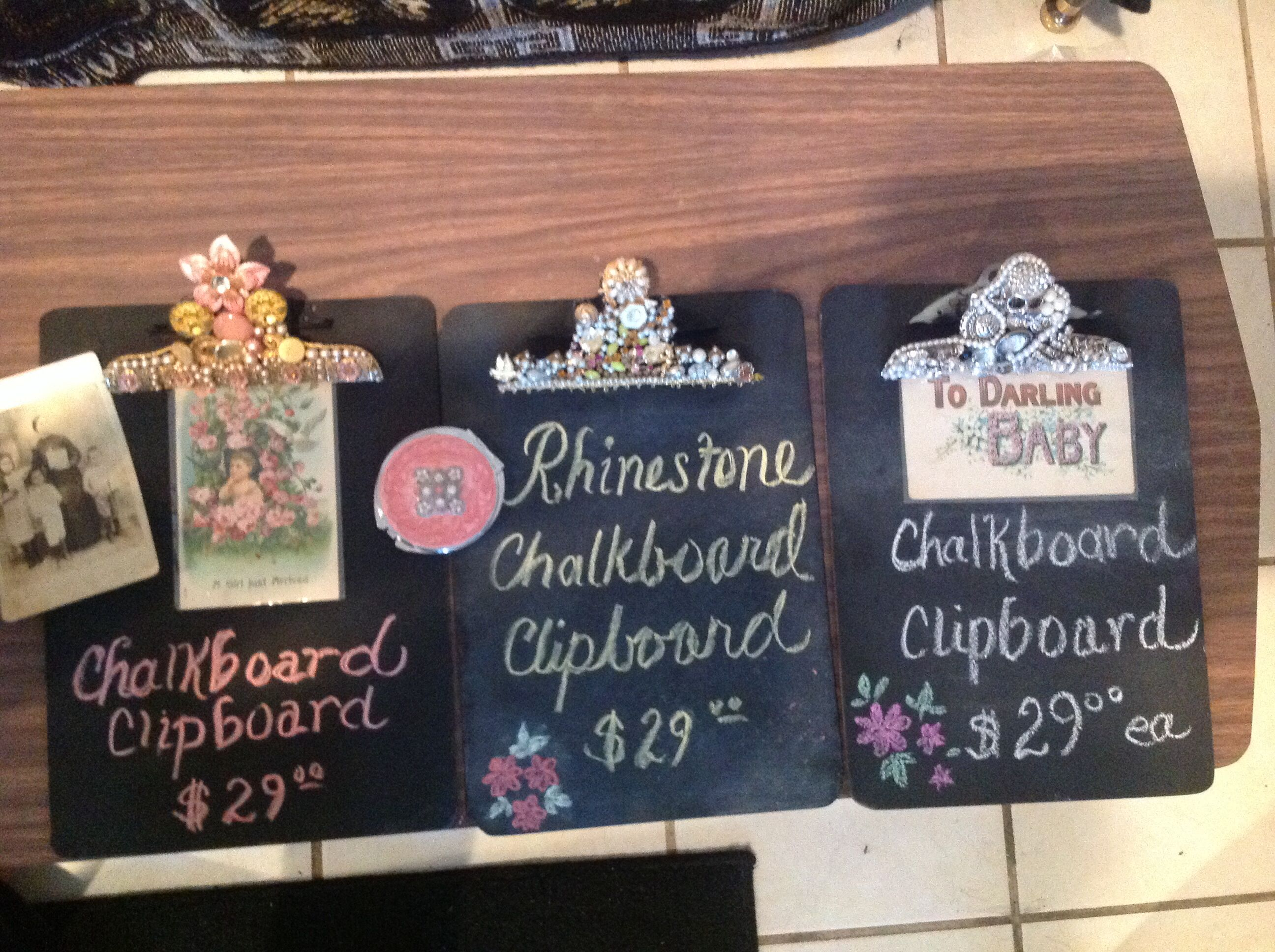 I love making chalkboard clipboards.