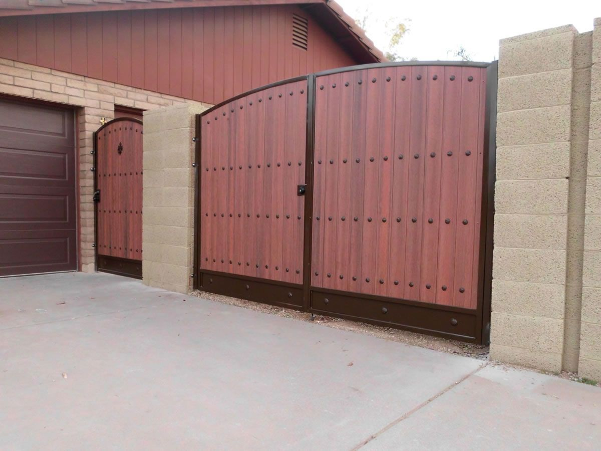 Rv Gate Landscape Designs In 2019 Gate Driveway Gate