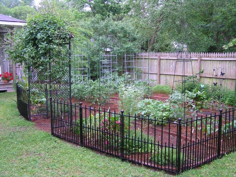 20 Amazing Vegetable Garden Fence Ideas Fenced 400 x 300