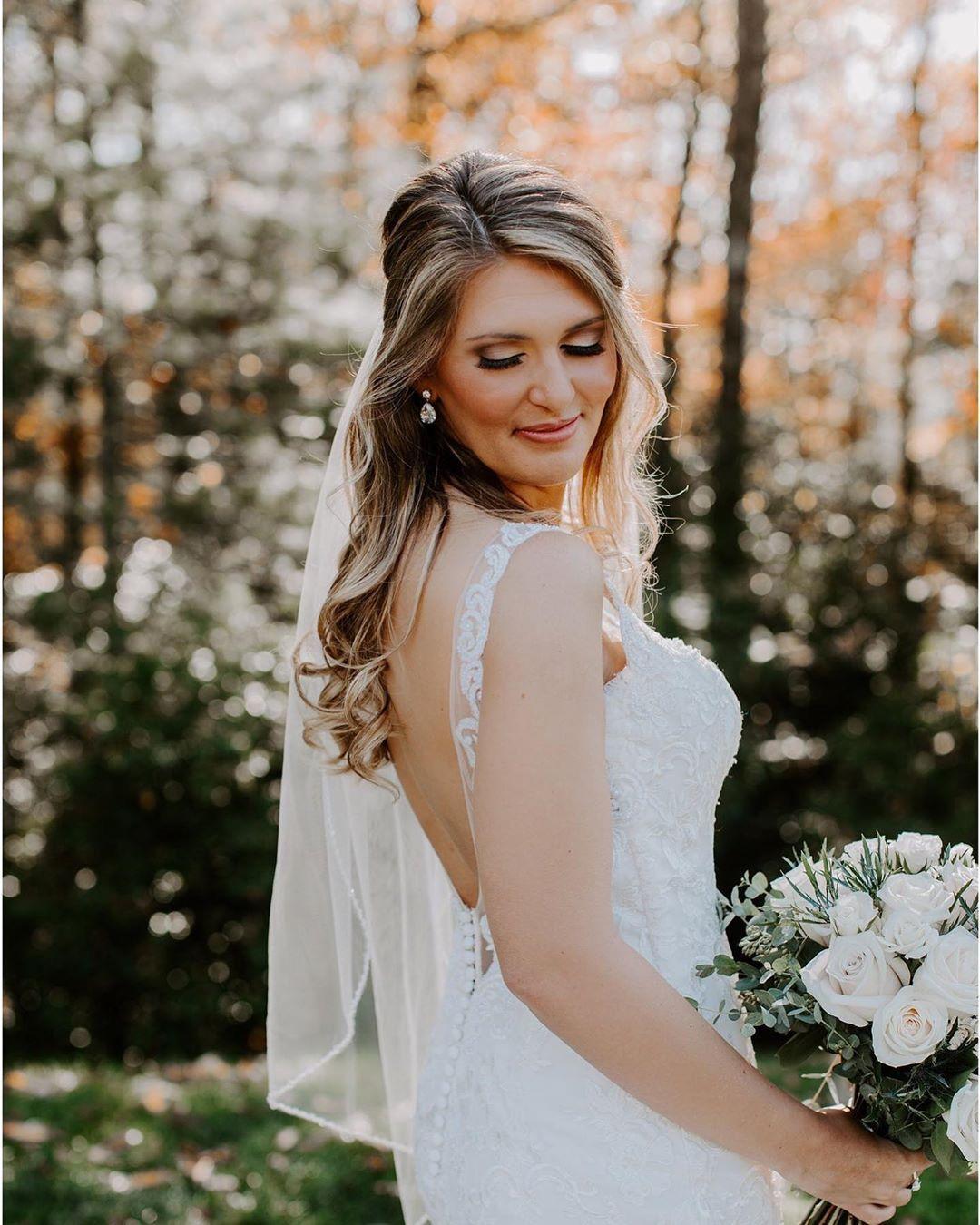 That glow though! • Loving this bridal hair + airbrush