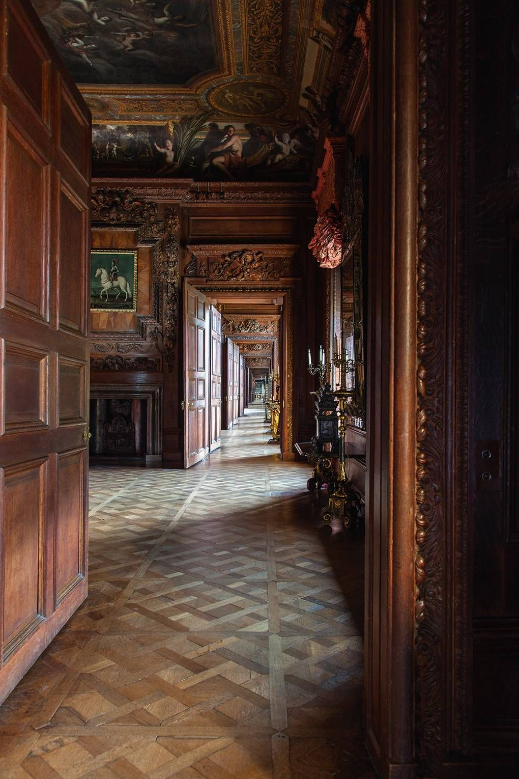 Exploring the history of English interior design with