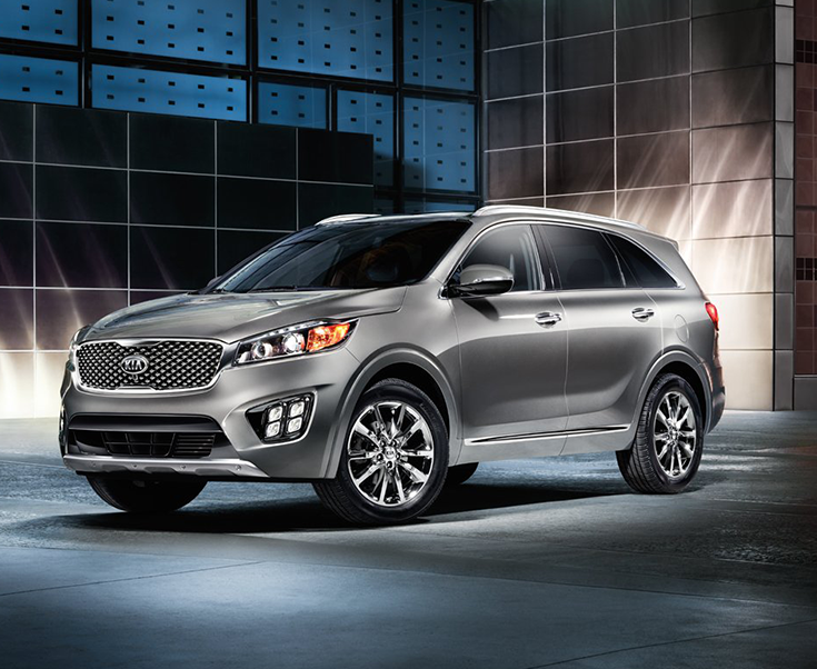 Light The Road With Sleek Swept Back Projector Beam Headlights And Available Led Front Fog Lights Kiasorento Kia Sorento Kia Motors Sorento