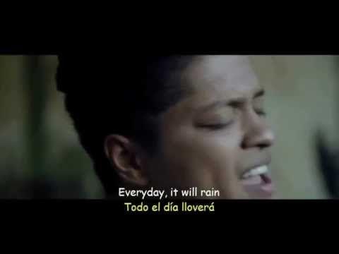 Water under the bridge - Adele (español e inglés ) - YouTube