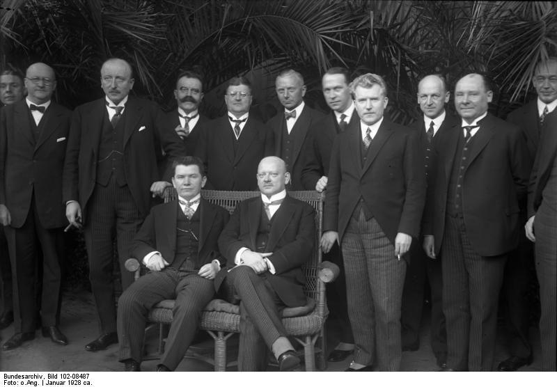 Gentlemans Berlin bundesarchiv bild 102 08487 berlin litauische