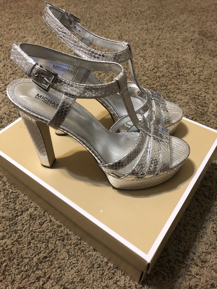 12310a9cb48 Michael Kors Catalina Sandal size US 9.5 in 2018