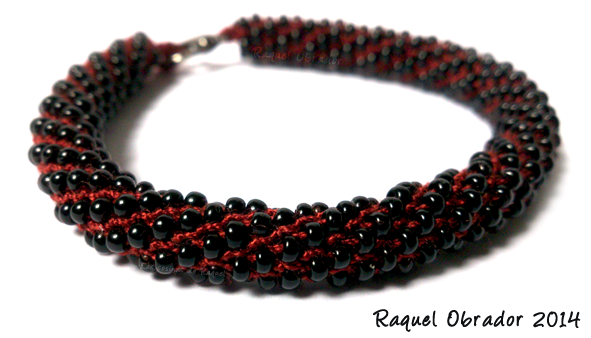 Pulsera Beads... http://raquelobrador.blogspot.com/ www.facebook.com/raquelobradorcomplementosartesanales