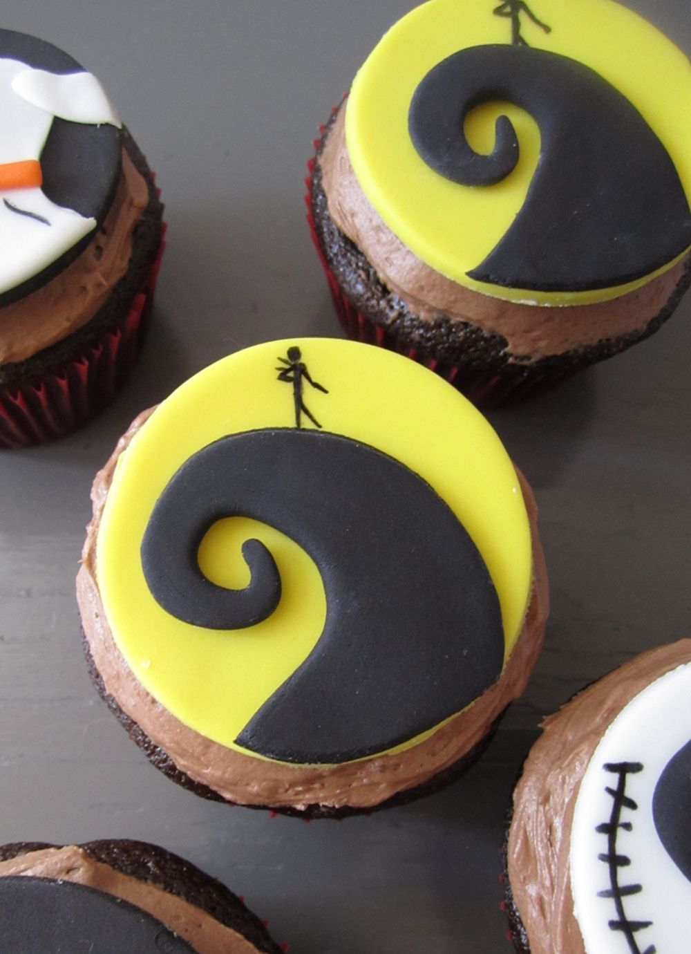 Nightmare Before Christmas Fondant Cupcake Tutorial With Images