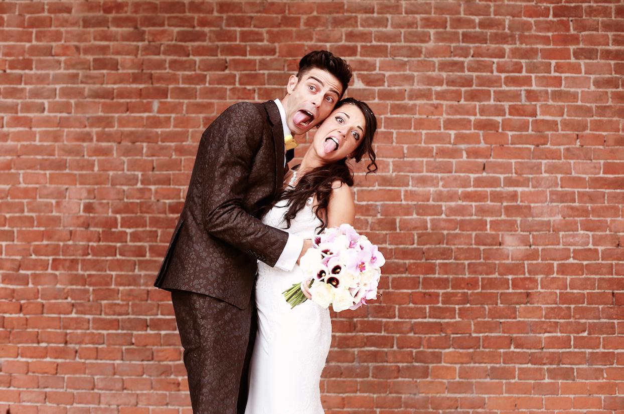 wedding/happy/fun/smile/couple/love