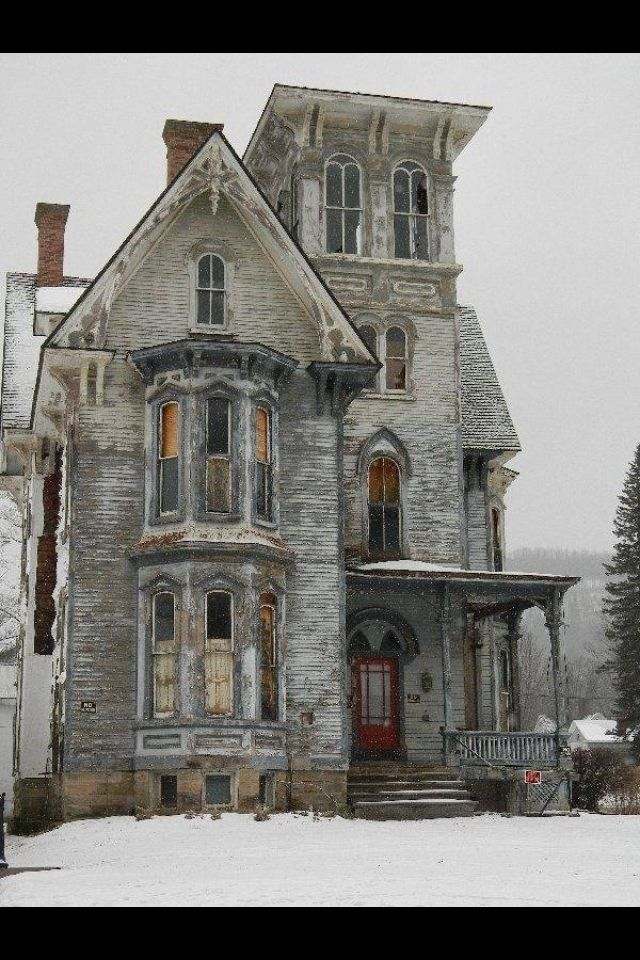 Old house in Pennsylvania. I would love to restore treasures like this.