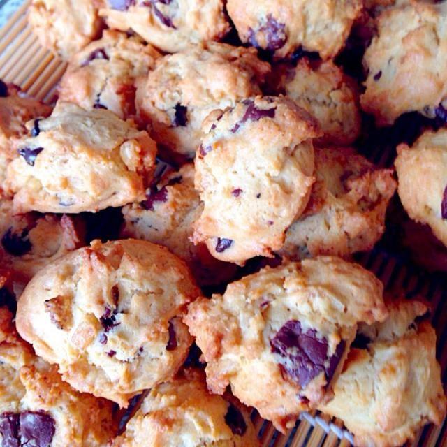 バナナチップスたくさんもらったので、その消費にっ❗️ - 34件のもぐもぐ - バナナチップス入りクッキー by bicke34