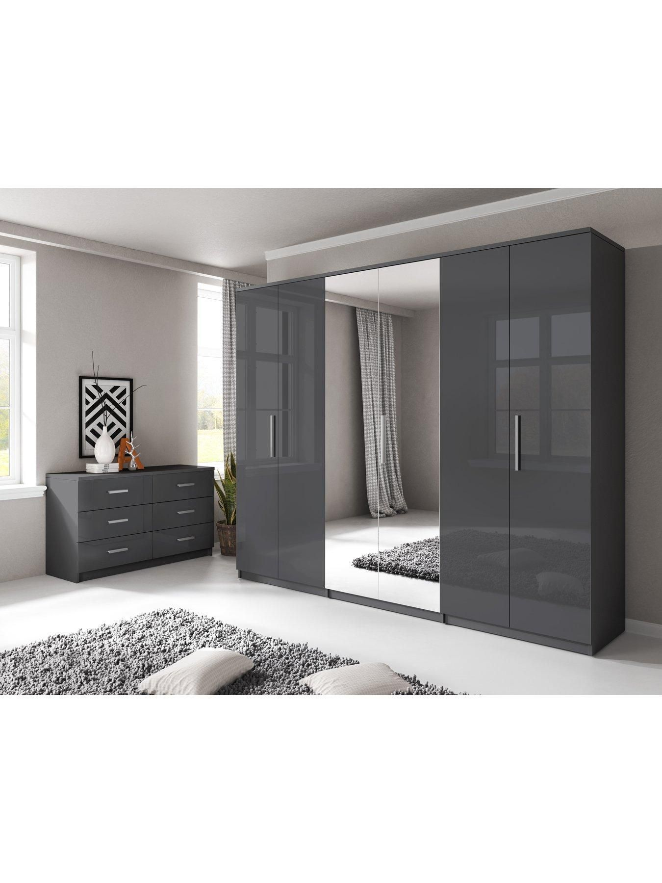 Prague Gloss 6 Door Mirrored Wardrobe Bedroom Furniture With A