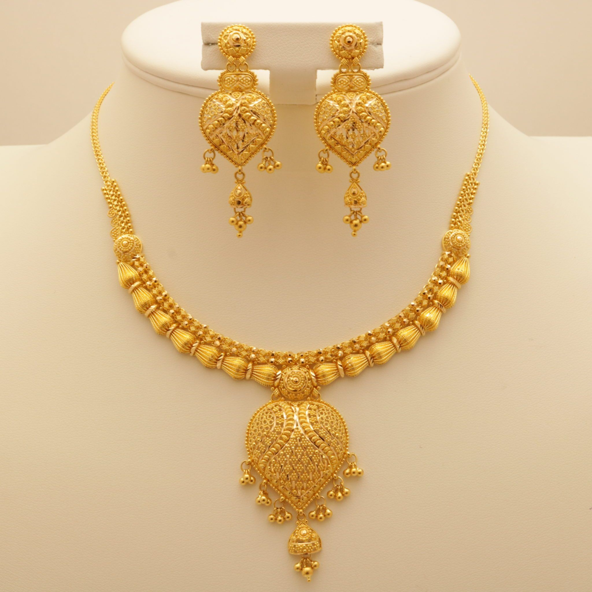 Related Image Gold Bridal Necklace Gold Necklace Designs Gold Jewellery Design Necklaces