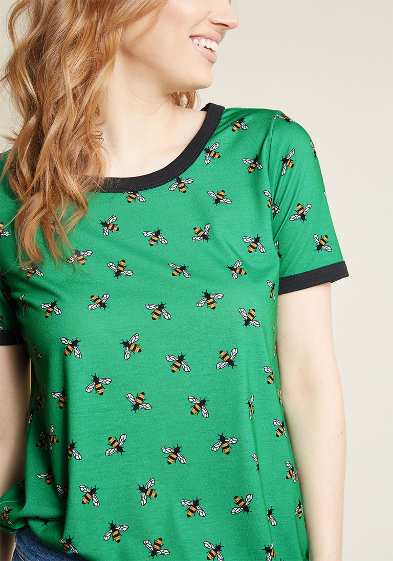 1cba6573b54c Here's to Tuesday Ringer Tee in Green Bees | Style | Ringer tee ...