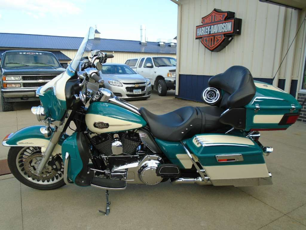 Image result for harley davidson turquoise and pearl