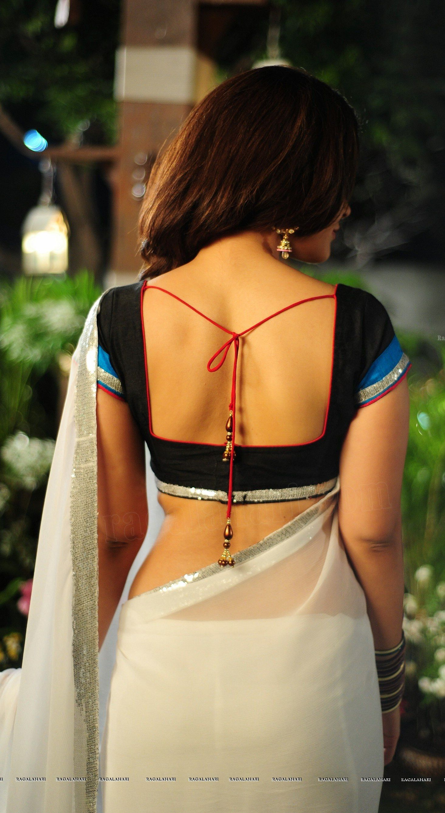 Raashi Khanna Saree Back Hot Hd