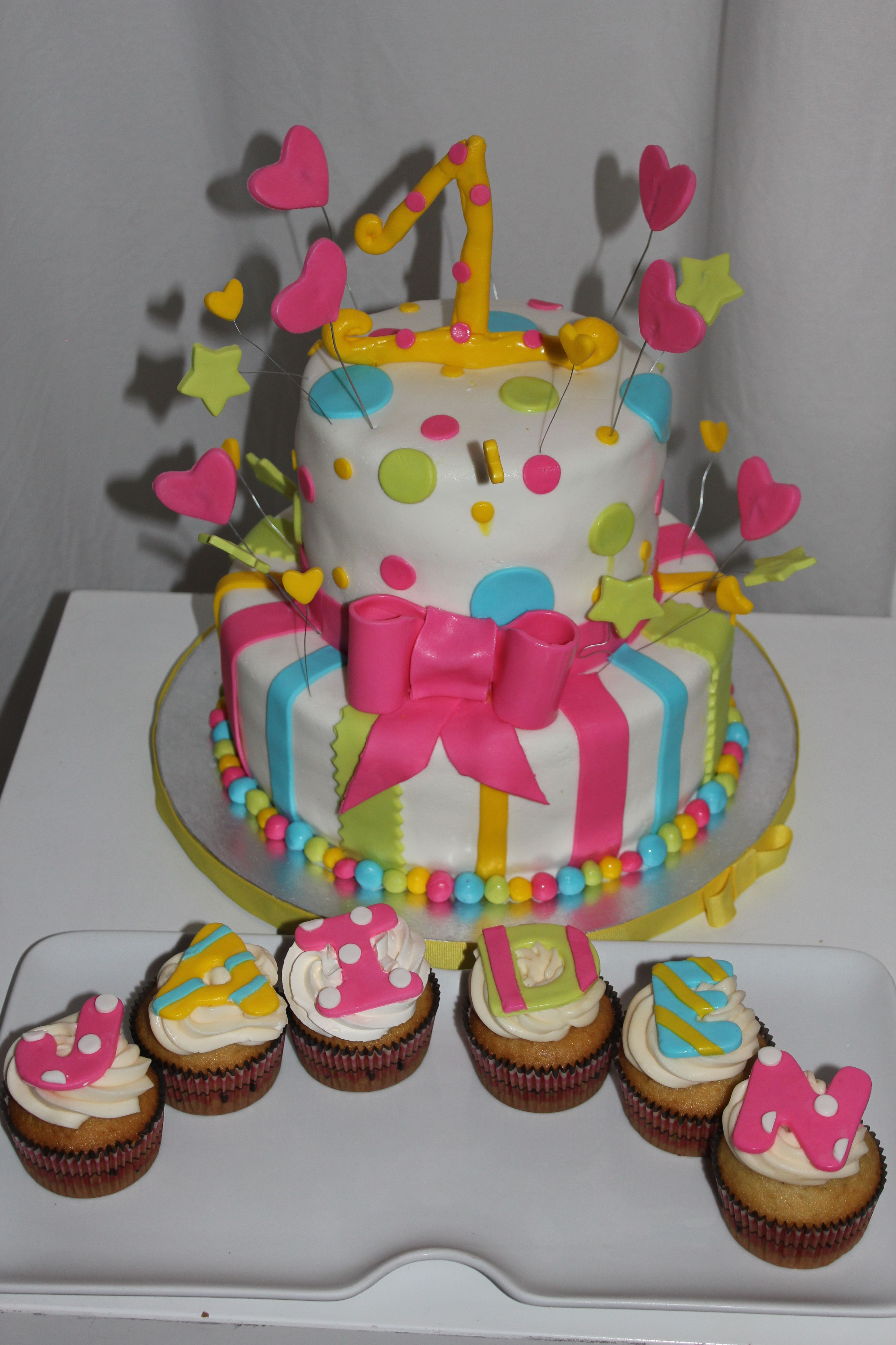 Birthday cake for a little girl i like the idea of using