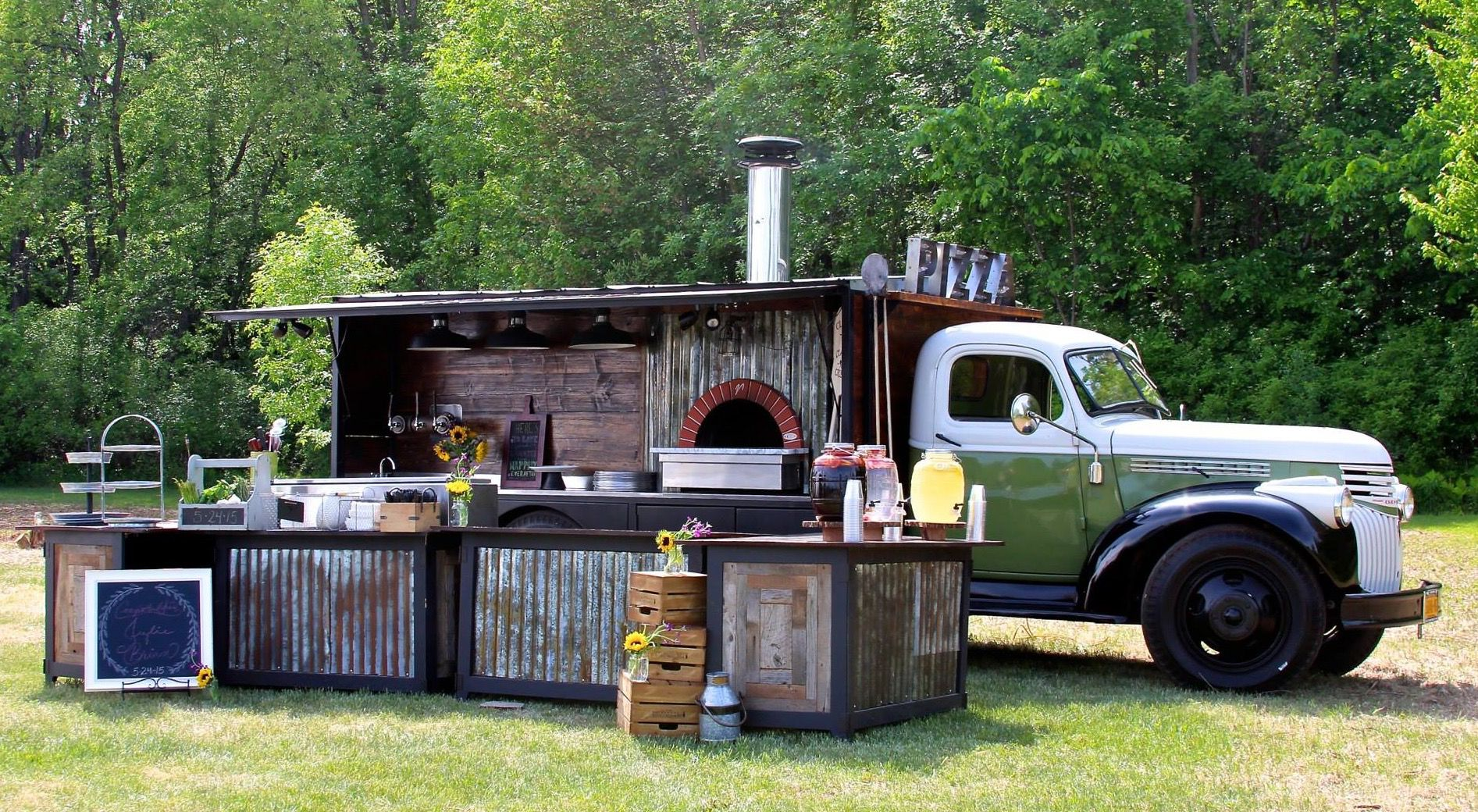 Classic crust mobile catering clifton park ny pizza