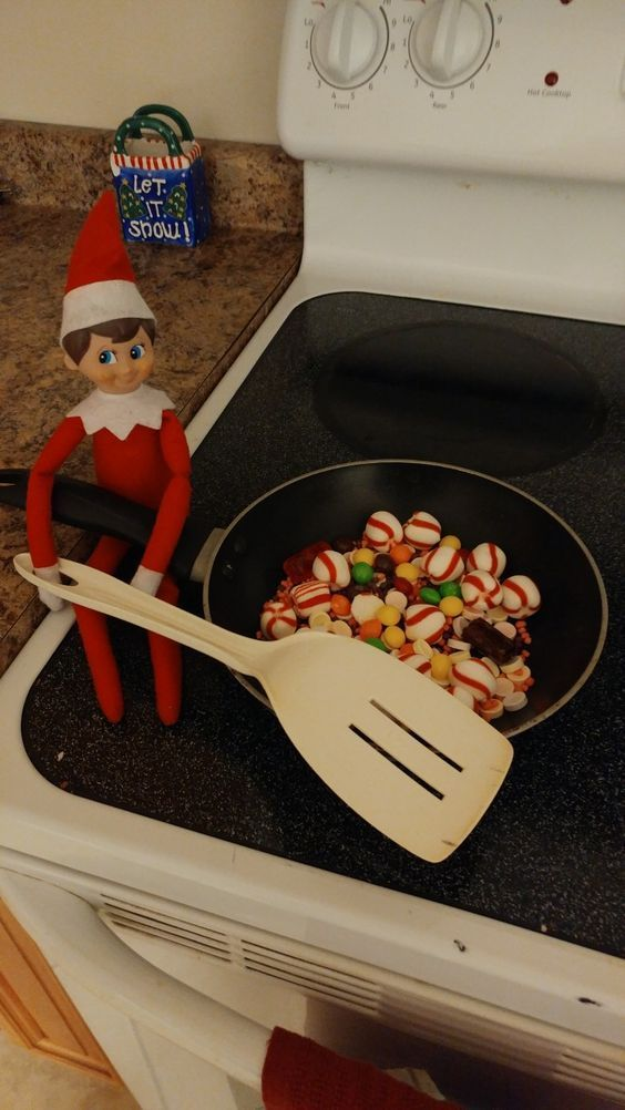 Funny and Easy Elf on the Shelf Ideas for Kids #elfontheshelfideasfunny Check out these funny and easy Elf on the Shelf Ideas for Kids. These will make great holiday activities for kids over the festive season. #elfontheshelfideasforkids