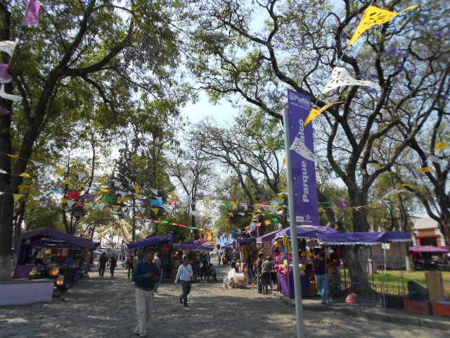 20.04.2013 Visita al Centro Histórico de la ciudad de Puebla con el grupo de valuadores del curso del día 19 110