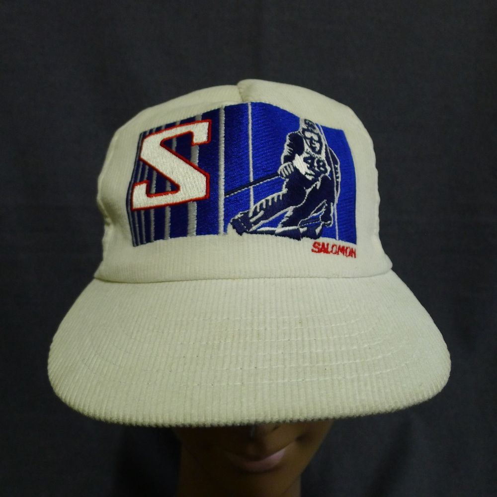 27e1e385912c7 Salomon Corduroy Snap Back Hat Off White Embroidered Skiier Logo Vintage  HTF