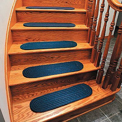 Best Braided Stair Tread Rugs Set Of 4 With Images Stair 400 x 300