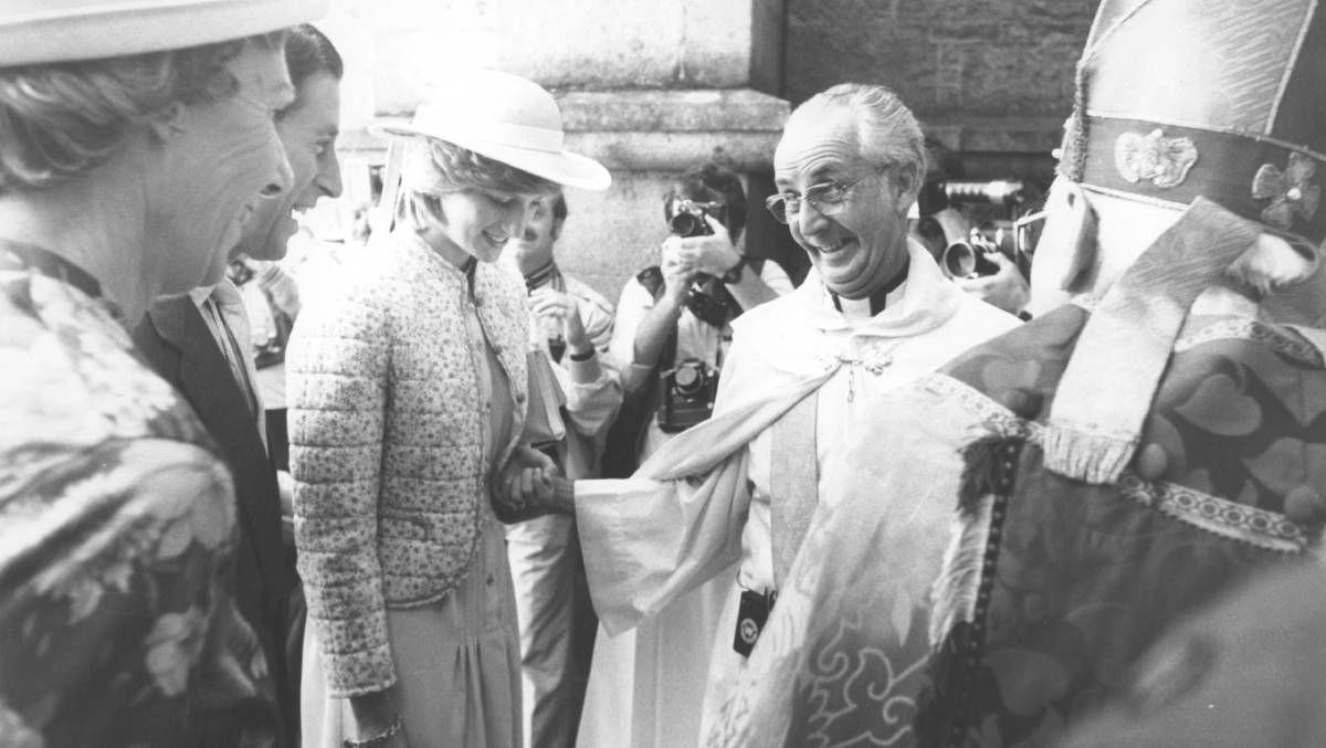 1983 - Prince Charles and Princess Diana make a royal visit to Albury.