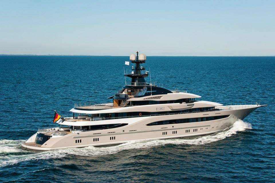 There are some who love the #bowsprit  on the new @Lurssen 95m #Kismet and there are some who are still not quite sure. With or without though, we think it is safe to say that she is a very very elegant and beautiful #yacht .  One that we would be very proud to see in our #Mallorcan  waters.  Why not tell us what YOU think of the bowsprit?  www.pureyacht.com #ownyourrefit