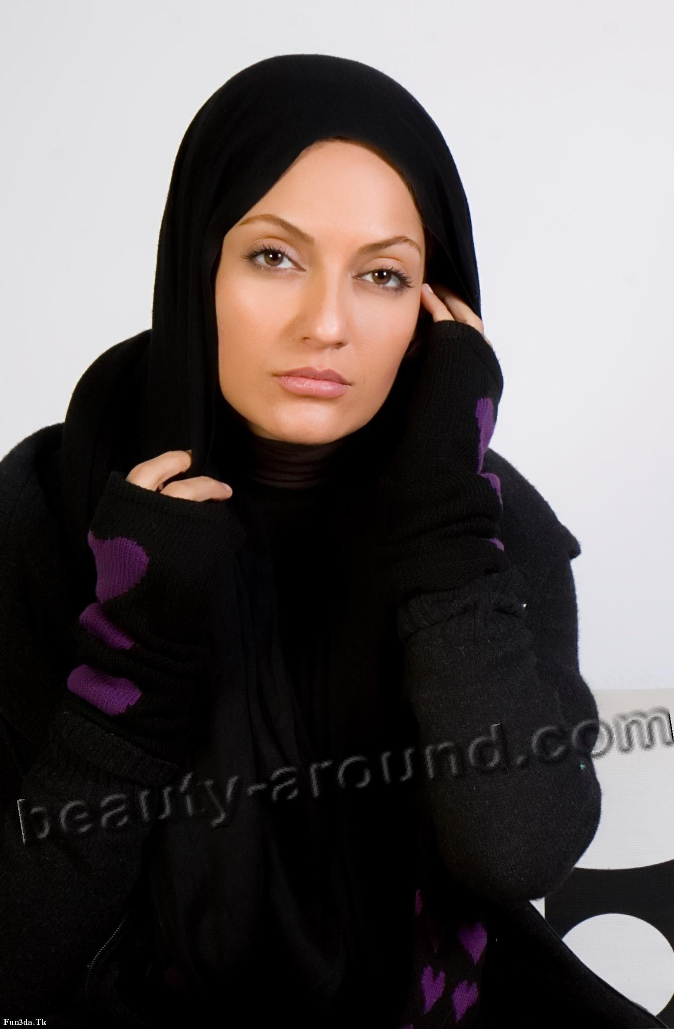 picture Mahnaz Afshar