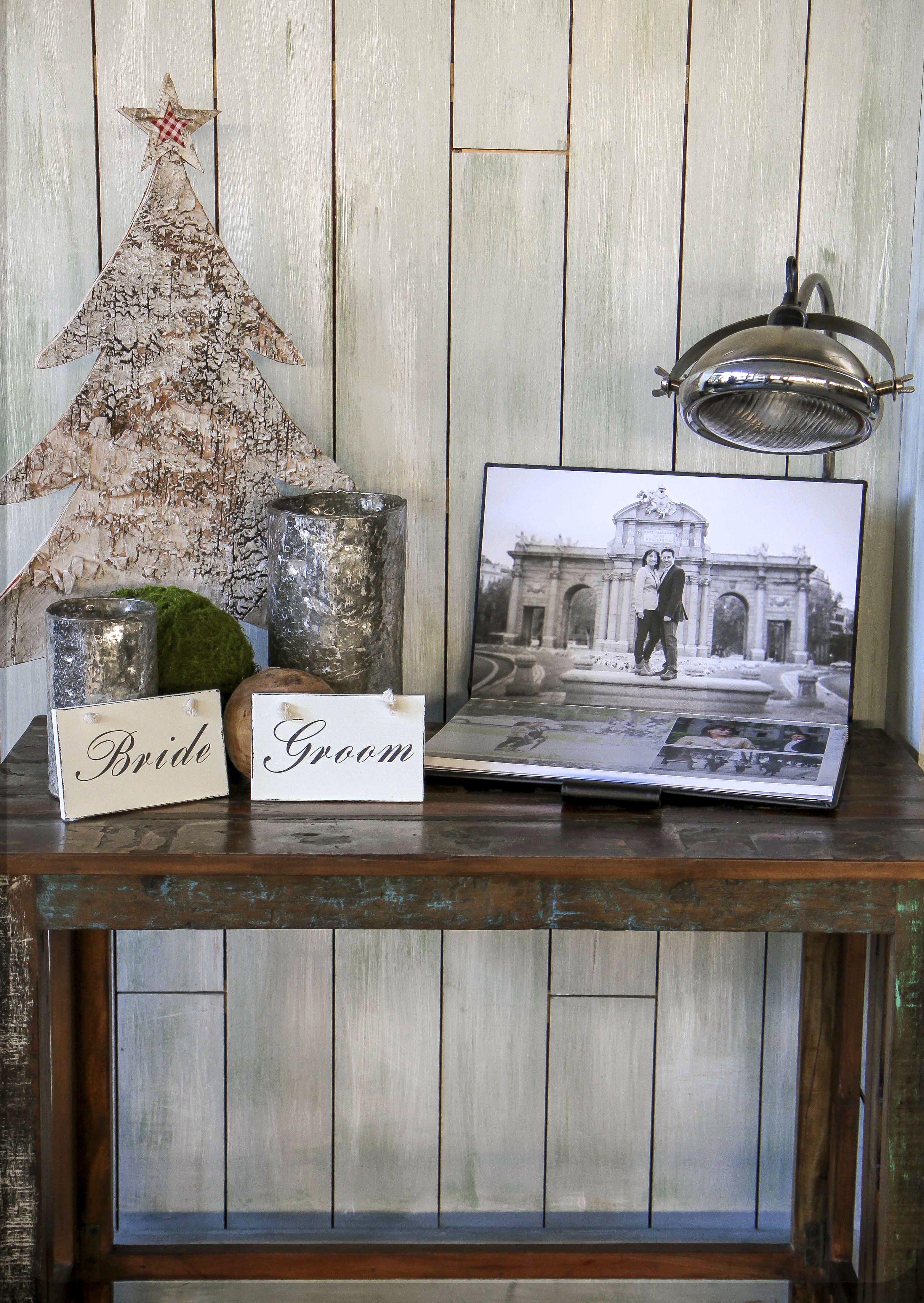 Libro de firmas en lbum de fotos con im genes de los for Mesas de bodas decoradas