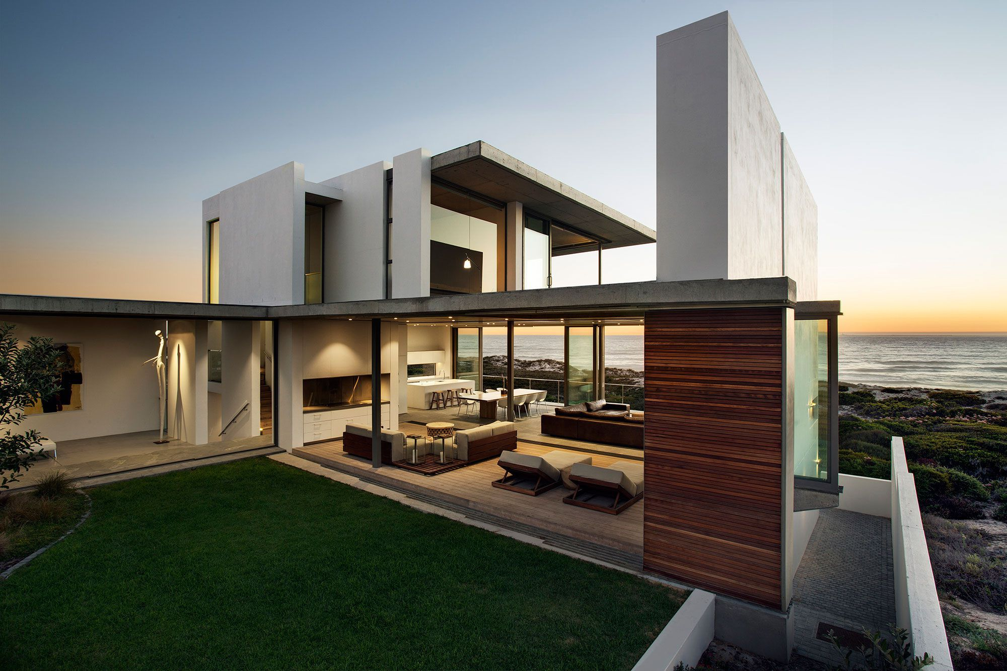 Pearl Bay Residence by Gavin Maddock Design Studio #capetown #southafrica
