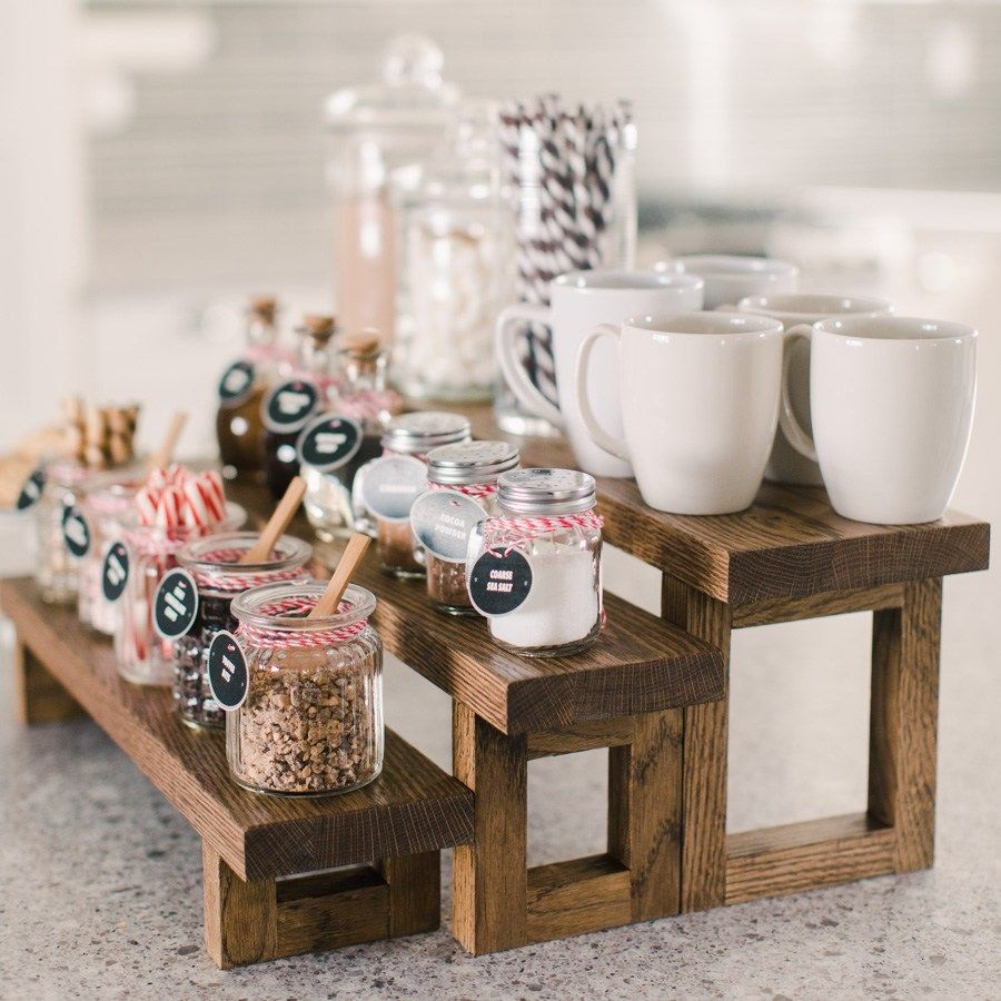 DIY Hot Cocoa Bar & Free Printable Tags #hotchocolatebar