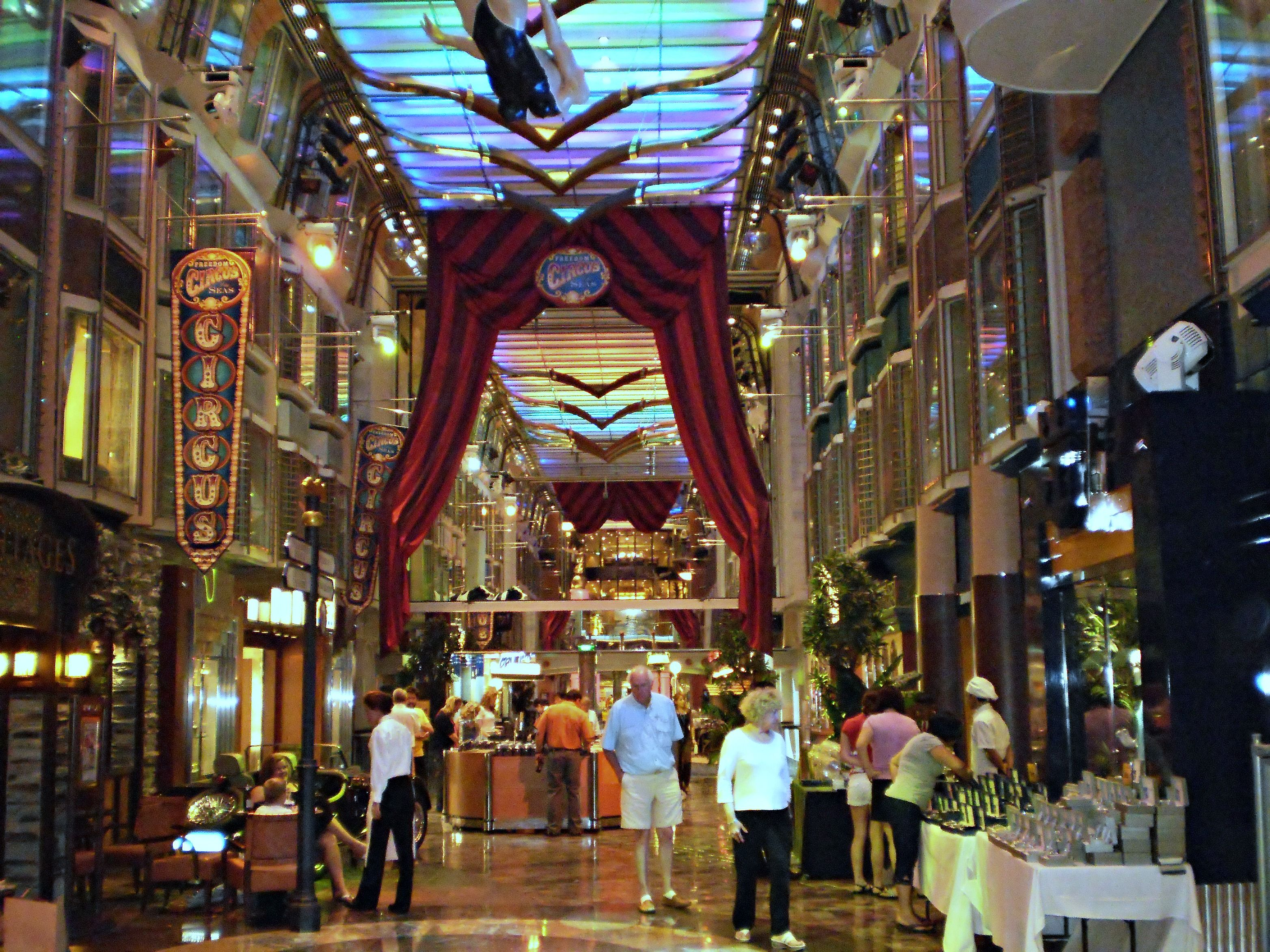 Inside Center Of The Ship On Mariner Seas By Royal Caribbean Awesome Shops And Places To Eat As If You Needed Anymore