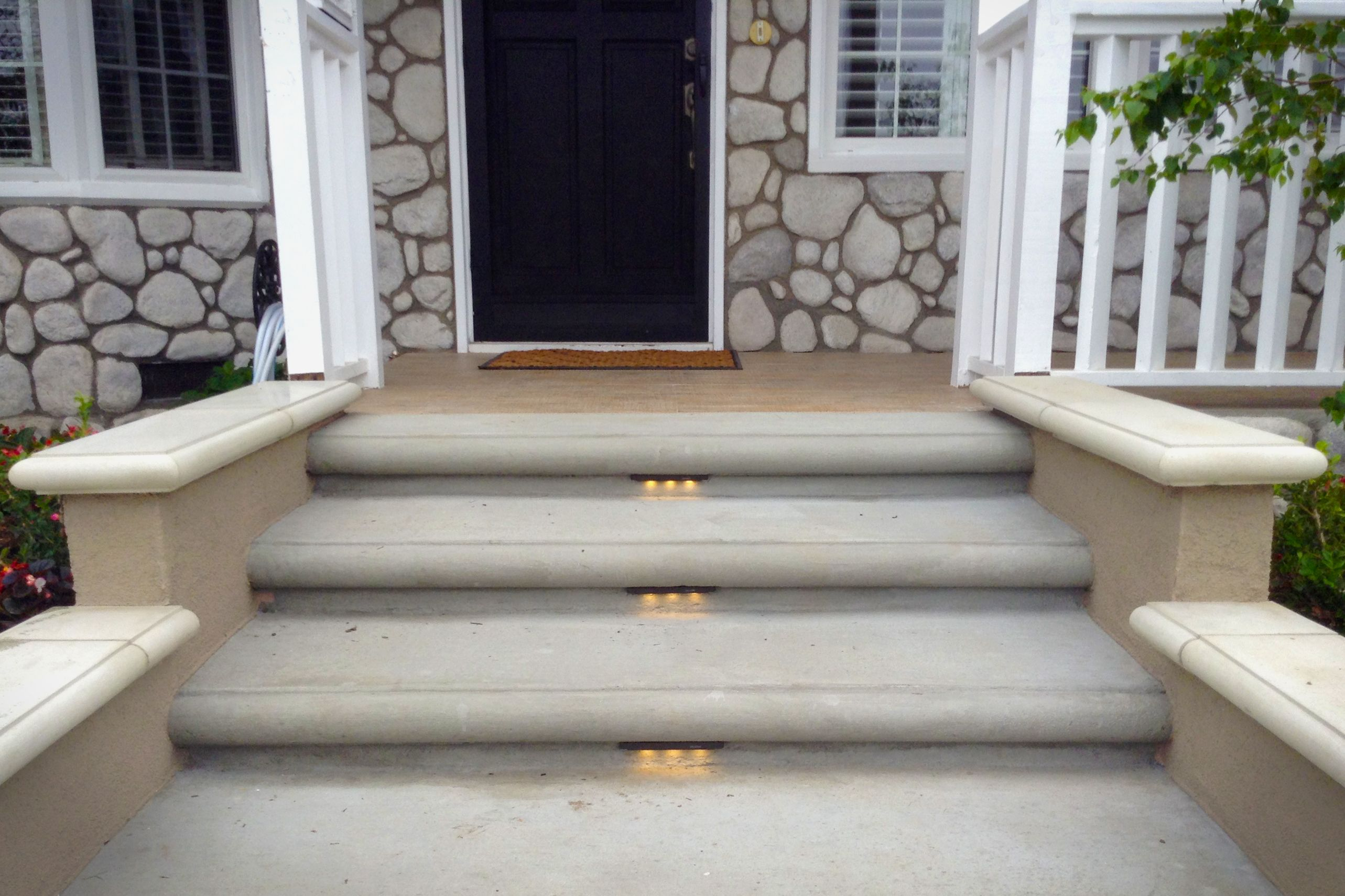 Front Porch Steps With Led Lights Led Step Lights Add To The Safety And Presentation Of The