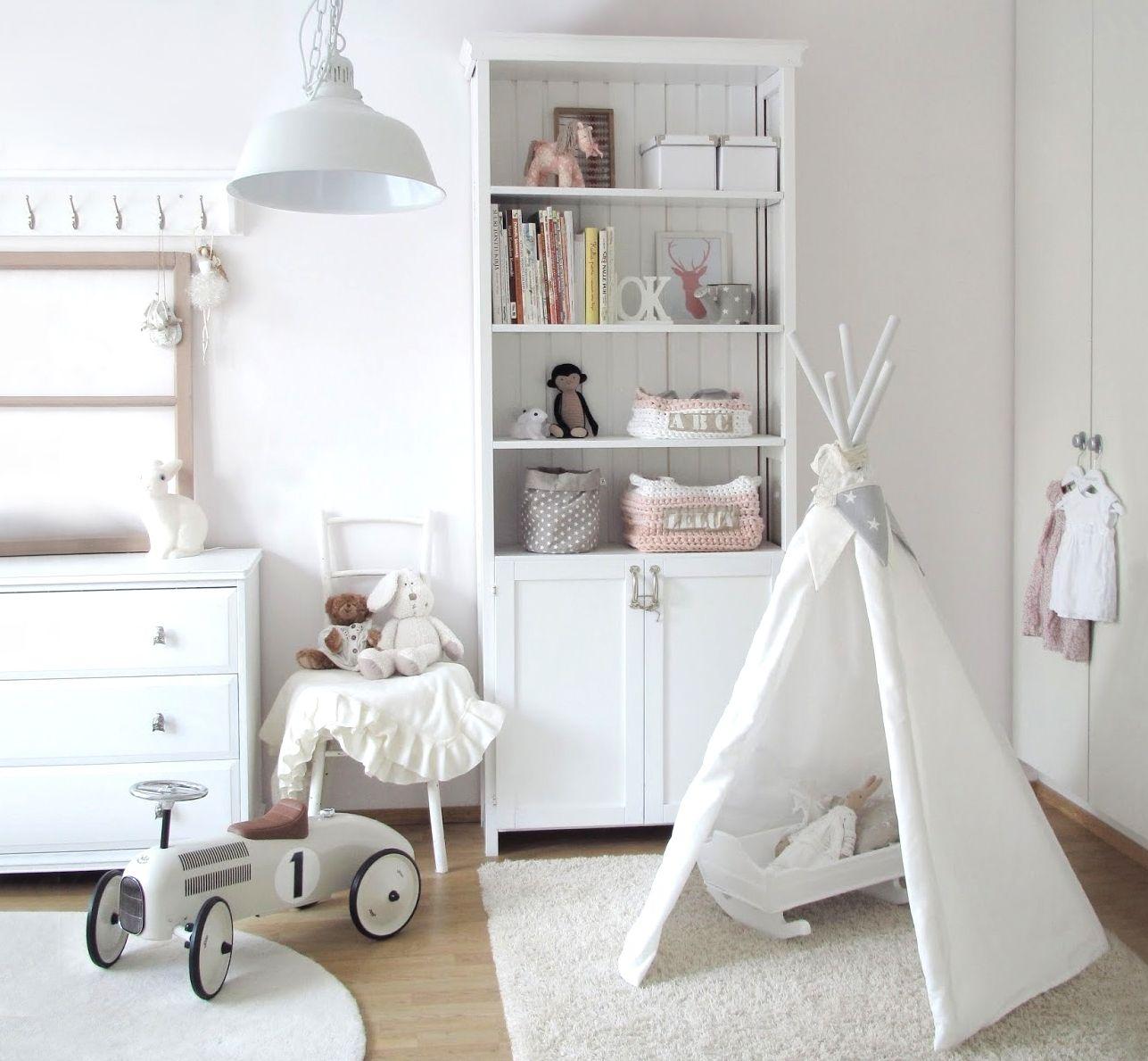 10 essentials voor een trendy babykamer • Woonhome