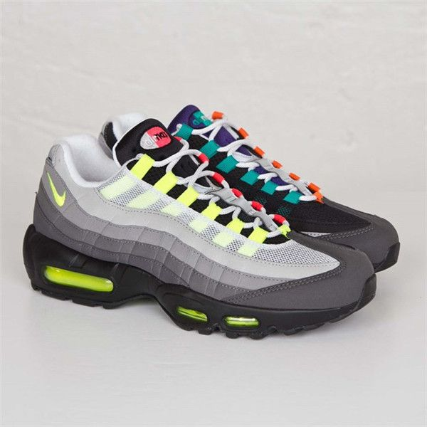 NIKE AIR MAX 95 OG QS GREEDY BLACK ORANGE 810374 078